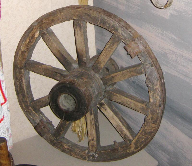 Как сделать колесо от телеги 407