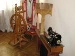 Прялка и швейная машинка из СССР