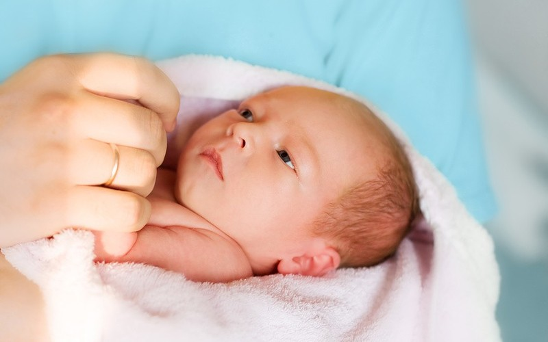 - Кесарево сечение влияет на мозг ребенка